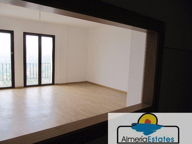 Piso de 3 habitaciones en Vélez-Blanco en venta - 52.300 € (Ref: 3266008)