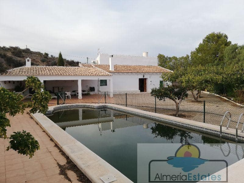 4 bedroom Villa for rent in Taberno - € 650 (Ref: 4289017)