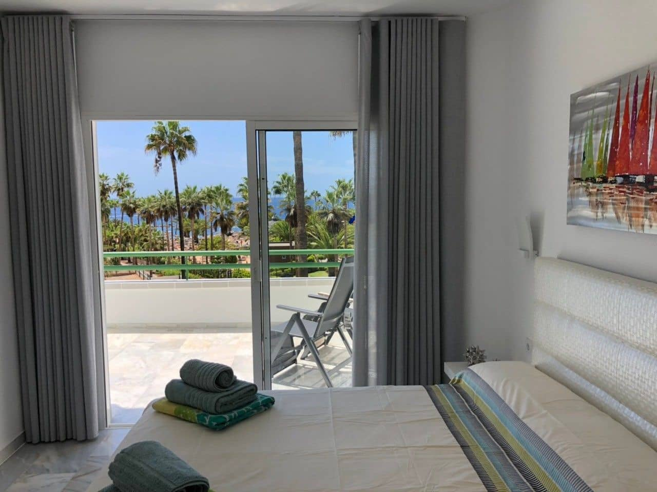 2 bedroom Apartment for holiday rental in Costa Adeje with pool - € 1,200 (Ref: 5329235)