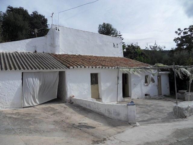 3 soverom Finca/Herregård til salgs i Arroyo Coche (Casabermeja) med garasje - € 60 000 (Ref: 3253086)