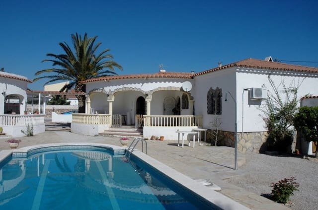2 bedroom Villa for holiday rental in Aiguamurcia with pool - € 1,000 (Ref: 6039375)