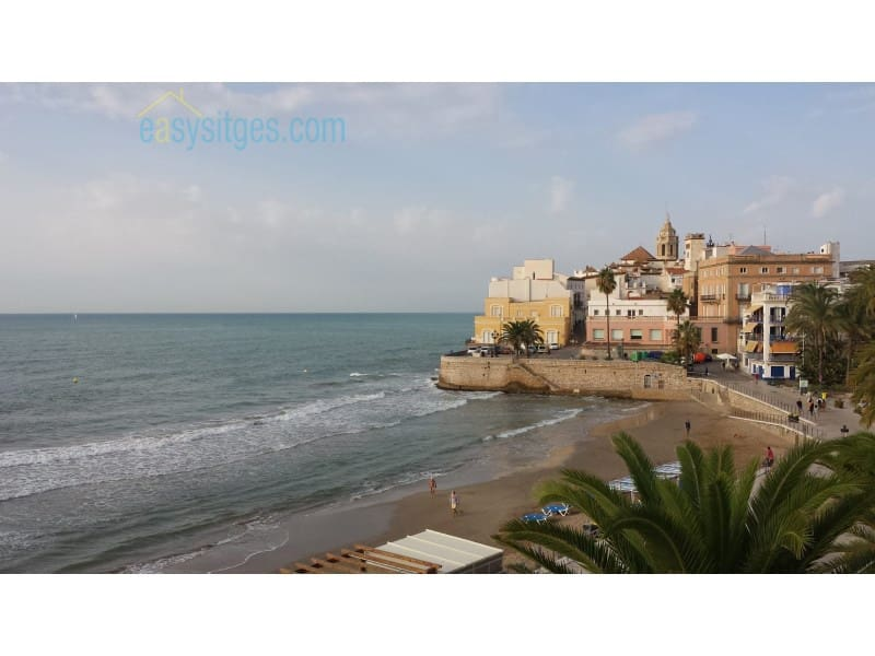 2 bedroom Apartment for rent in Sitges - € 1,600 (Ref: 5095097)