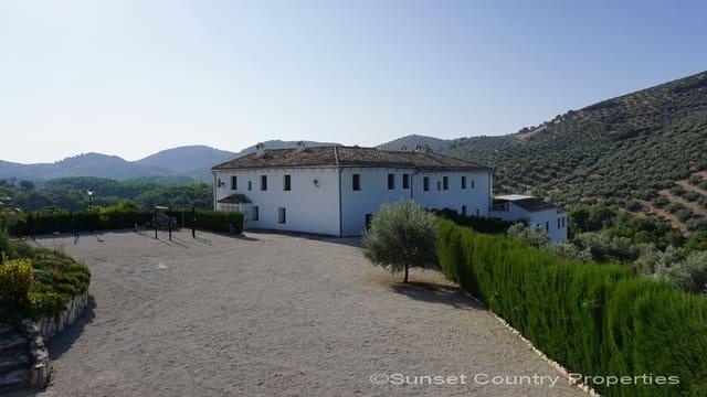 16 sovrum Finca/Hus på landet till salu i Priego de Cordoba med pool - 599 900 € (Ref: 4288719)