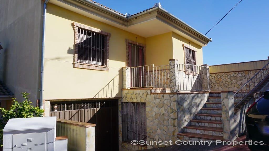 3 chambre Maison de Ville à vendre à Fuente Camacho avec garage - 152 000 € (Ref: 4387334)