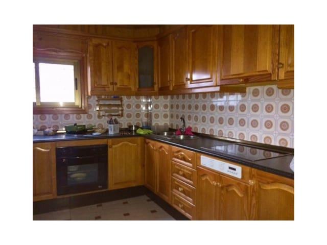 4 sypialnia Dom na sprzedaż w Loja z garażem - 59 000 € (Ref: 4510770)
