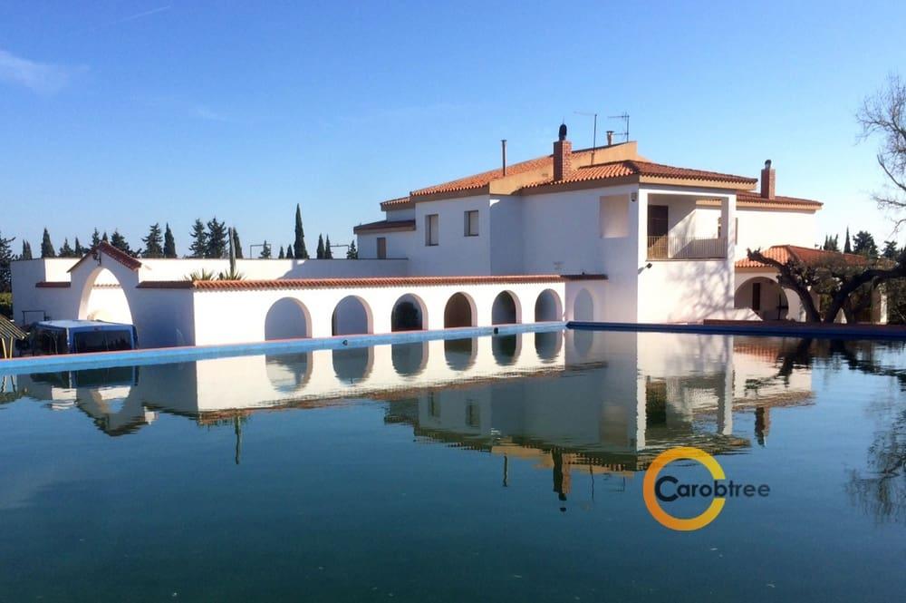 3 soveværelse Erhverv til salg i Vinaros - € 2.000.000 (Ref: 3515598)