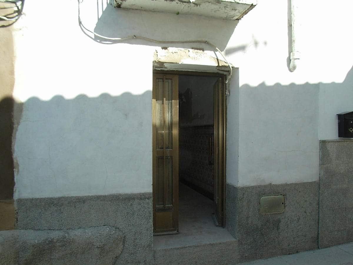 Hus till salu i Trujillo - 34 950 € (Ref: 3467979)