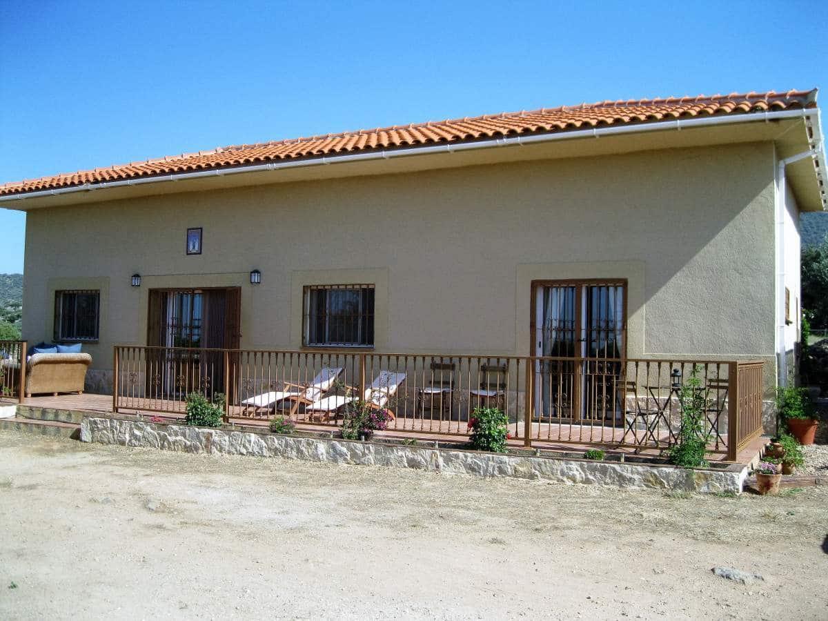 Finca/Hus på landet till salu i Almoharin - 220 000 € (Ref: 3467982)