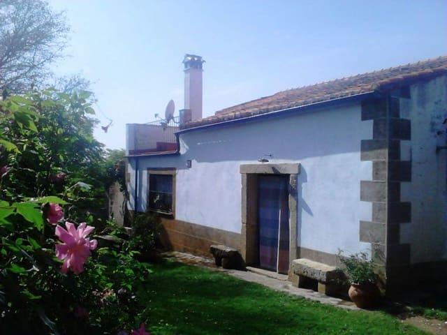 Finka/Dom wiejski na sprzedaż w Madronera - 210 000 € (Ref: 3468005)