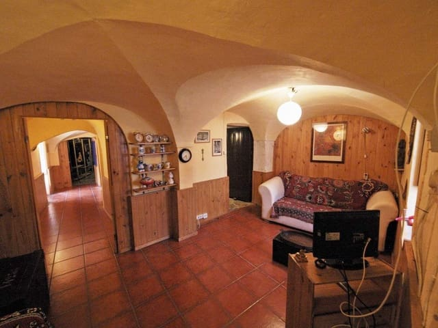 Hus till salu i Montanchez - 83 000 € (Ref: 5673417)