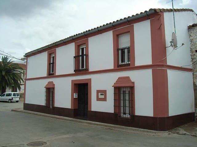Dom drewniany na sprzedaż w Castilblanco - 290 000 € (Ref: 5675010)