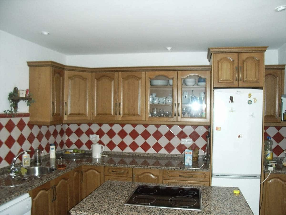 Hus till salu i Castilblanco - 290 000 € (Ref: 5675010)