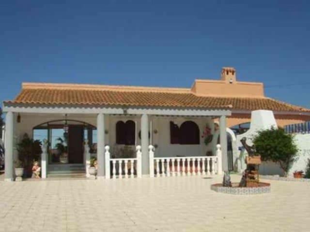 3 bedroom Villa for sale in Mazarron with pool - € 355,000 (Ref: 2835934)