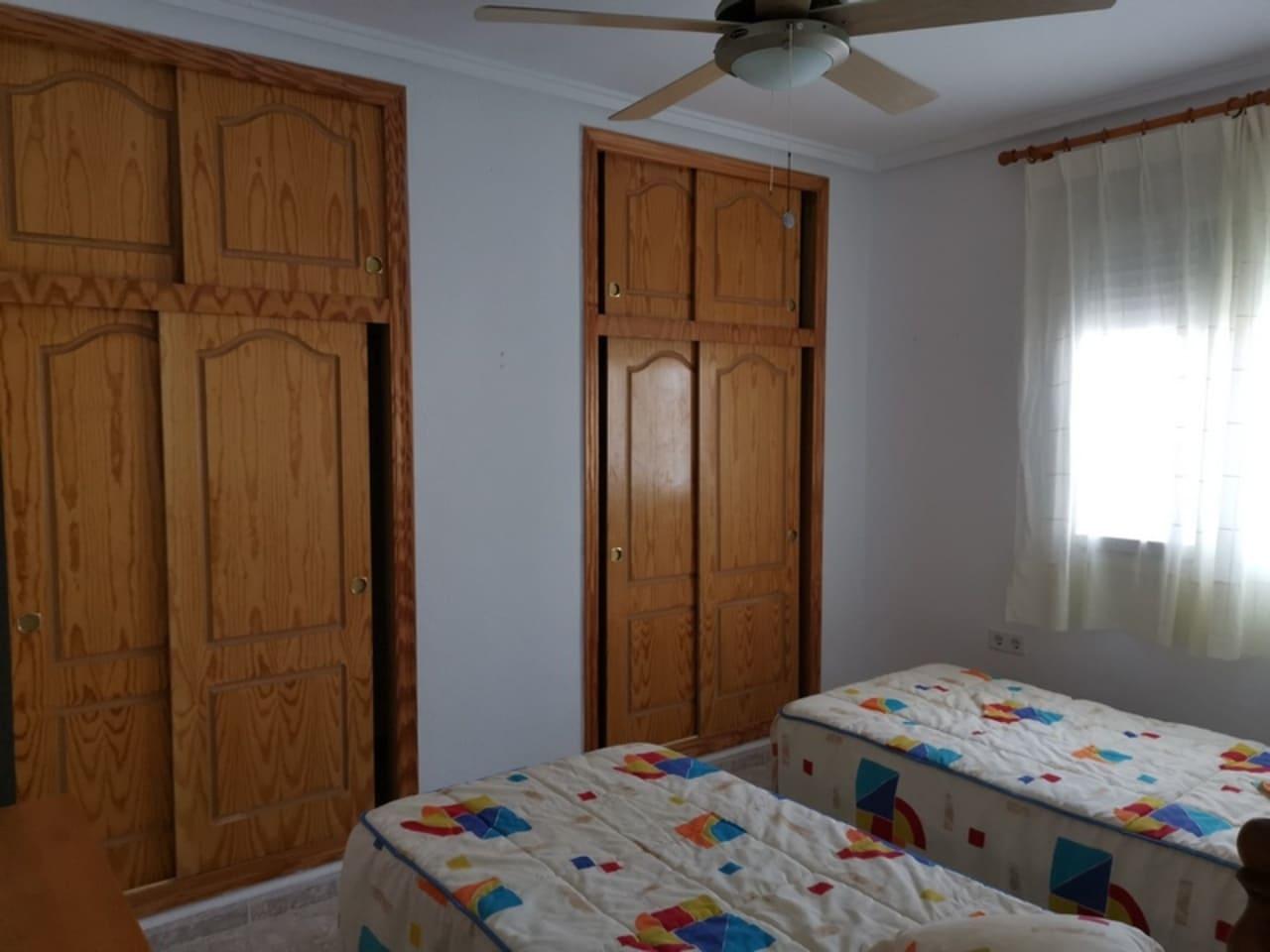 3 soverom Villa til leie i Camposol med svømmebasseng - € 650 (Ref: 5602226)