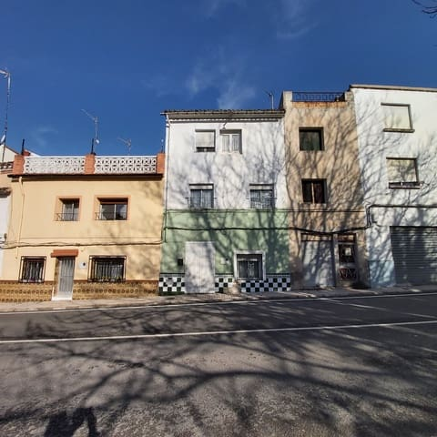 4 bedroom Townhouse for sale in Albaida - € 45,000 (Ref: 5750431)