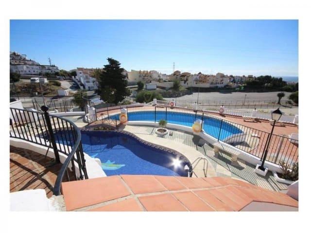 3 Zimmer Reihenhaus zu verkaufen in Nerja mit Pool - 269.000 € (Ref: 5235474)