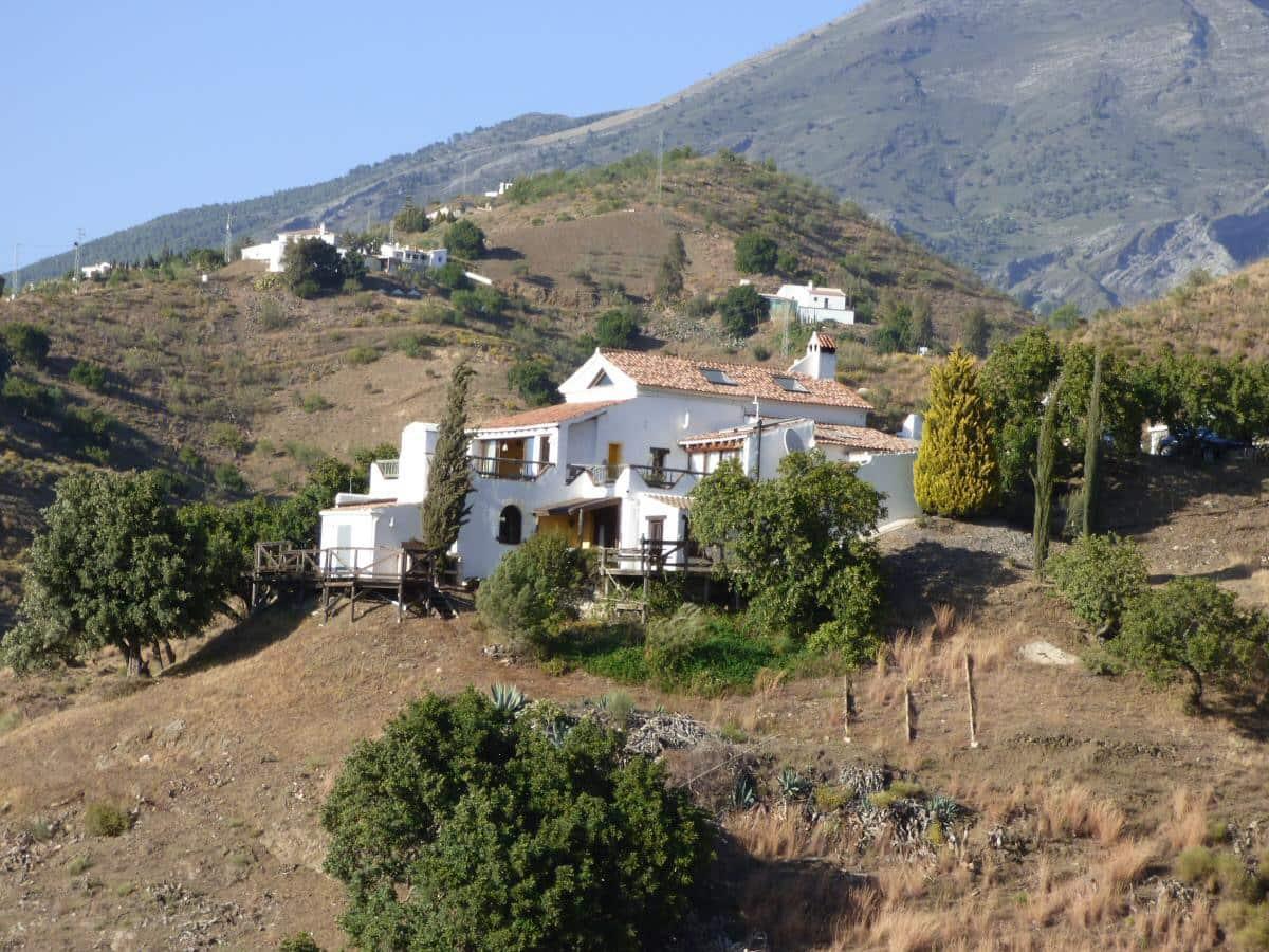 4 bedroom Villa for sale in Canillas de Aceituno - € 499,950 (Ref: 4913991)