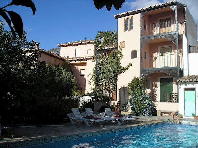 2 bedroom Apartment for holiday rental in Lecrin with pool - € 100 (Ref: 2843819)