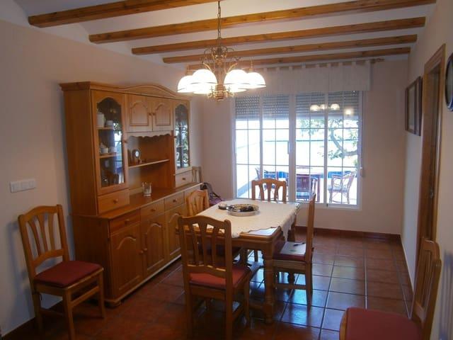 4 soveværelse Byhus til salg i Alcalali / Alcanali med swimmingpool - € 145.000 (Ref: 1130428)