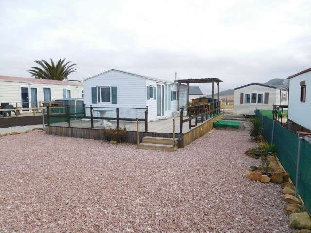 2 chambre Mobil-Home à vendre à Pinoso avec piscine - 19 995 € (Ref: 2793106)