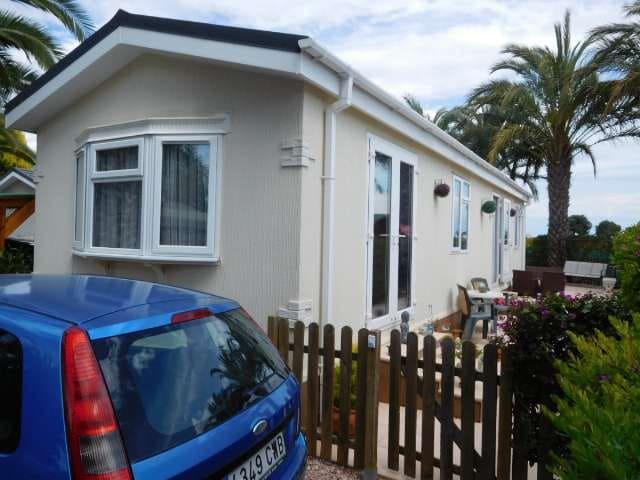 Casa Móvil de 2 habitaciones en Albatera en venta con piscina - 69.995 € (Ref: 4562757)