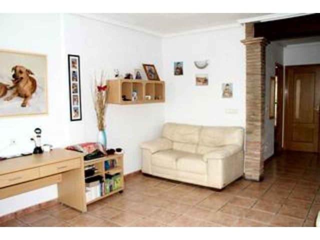 3 makuuhuone Omakotitalo myytävänä paikassa Callosa de Segura mukana uima-altaan  autotalli - 115 000 € (Ref: 4629896)
