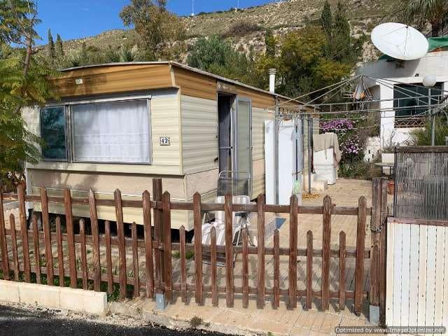 Casa Móvil de 2 habitaciones en El Campello en venta con piscina - 18.995 € (Ref: 5140914)