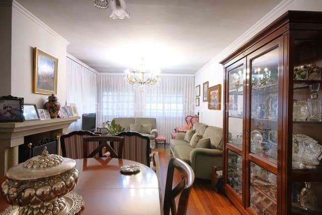 8 bedroom Townhouse for sale in Caldas de Reis - € 450,000 (Ref: 4580506)