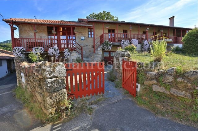 8 bedroom Finca/Country House for sale in Parada de Sil - € 475,000 (Ref: 4820223)
