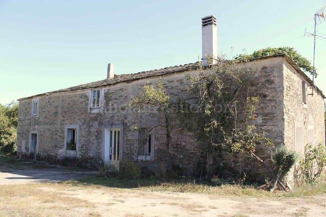 3 quarto Quinta/Casa Rural para venda em Outeiro de Rei com garagem - 150 000 € (Ref: 4970823)