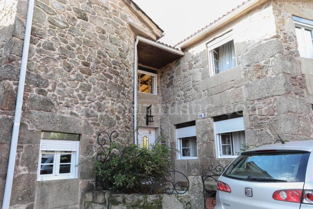 2 bedroom Townhouse for sale in Dodro - € 150,000 (Ref: 5017244)