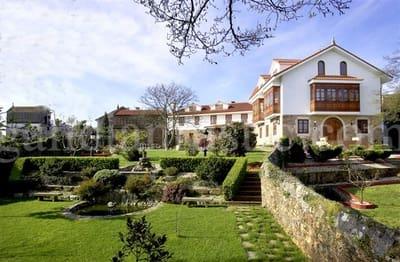 Local Comercial de 20 habitaciones en Carballo en venta - 1.250.500 € (Ref: 5205622)