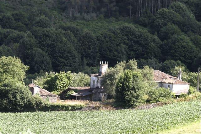 Finca/Casa Rural de 6 habitaciones en Vila de Cruces en venta - 127.000 € (Ref: 5563098)