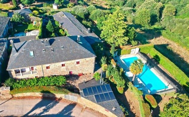 13 sypialnia Willa na sprzedaż w Samos z basenem - 680 000 € (Ref: 5718949)