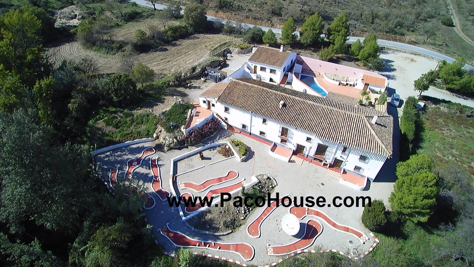 12 bedroom Guesthouse/B & B for sale in Velez-Rubio with pool - € 439,000 (Ref: 4241775)