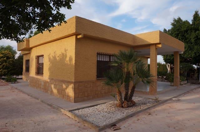 Chalet de 4 habitaciones en Torrellano en venta - 196.000 € (Ref: 3178303)