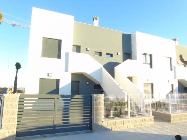 Apartamento de 2 habitaciones en Pilar de la Horadada en venta - 139.000 € (Ref: 3329195)