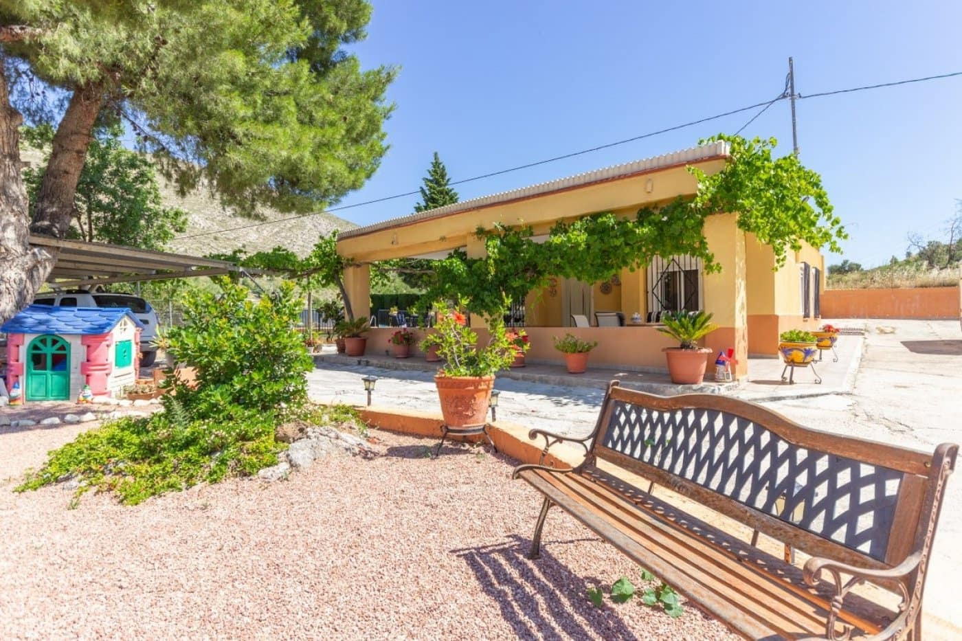 3 bedroom Finca/Country House for sale in Petrel / Petrer - € 142,995 (Ref: 5268436)