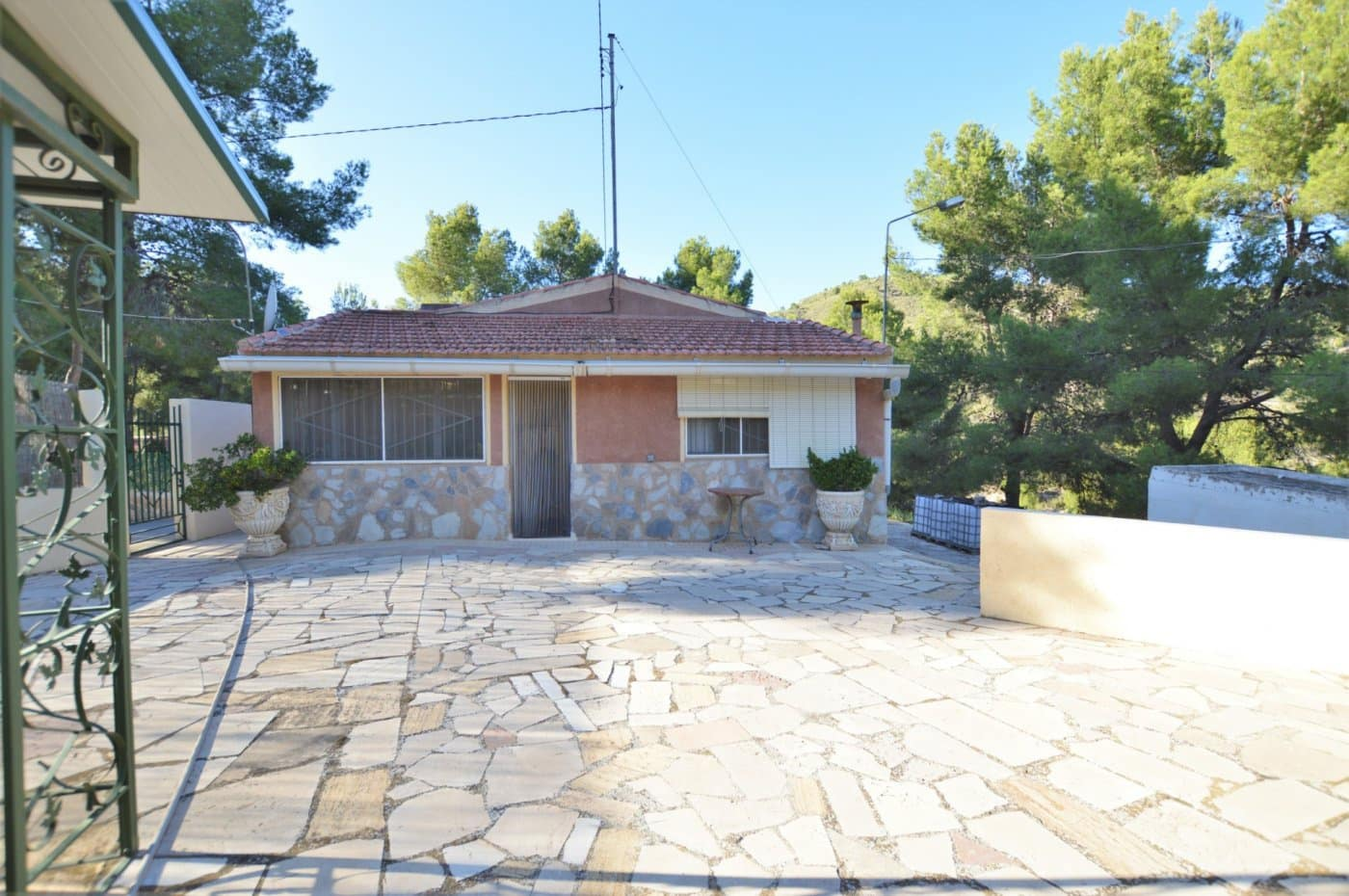 4 bedroom Finca/Country House for sale in Petrel / Petrer - € 152,995 (Ref: 5340459)