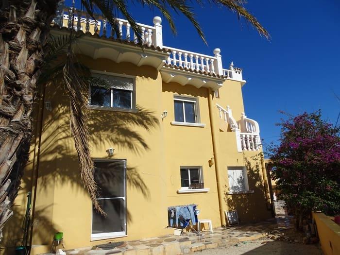 Chalet de 7 habitaciones en Ondara en venta con garaje - 195.000 € (Ref: 4884566)