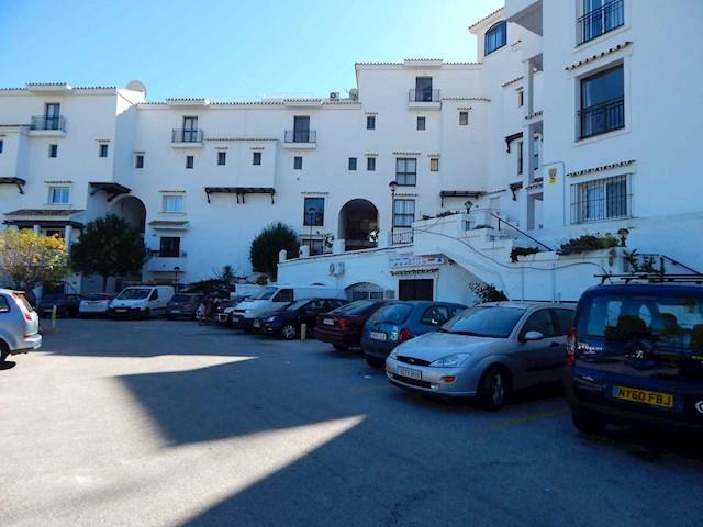 Kommersiell till salu i Calahonda - 116 000 € (Ref: 3629736)