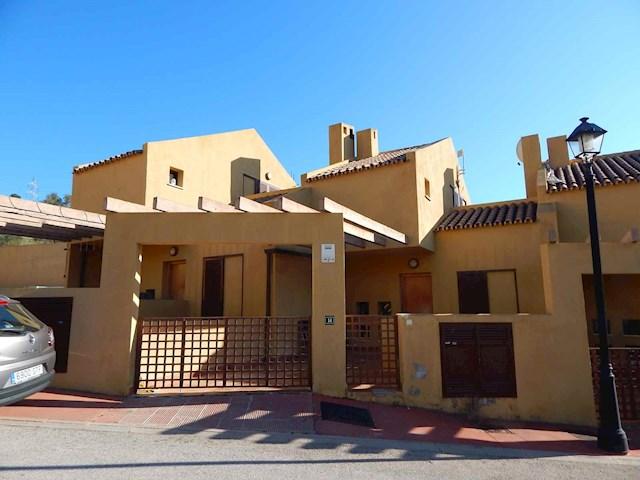 4 soverom Hus til leie i Fuengirola med svømmebasseng - € 1 400 (Ref: 3863423)