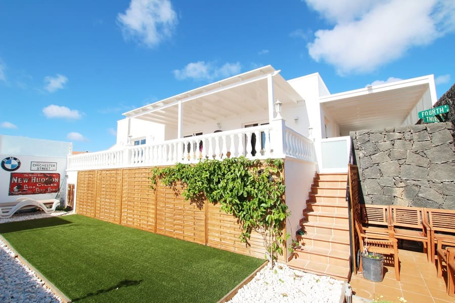 4 bedroom Villa for sale in Guime with pool - € 375,000 (Ref: 4990616)