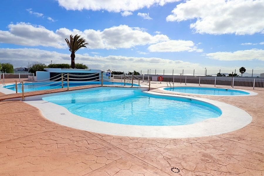2 sovrum Bungalow till salu i Playa Blanca med pool - 159 500 € (Ref: 5914414)