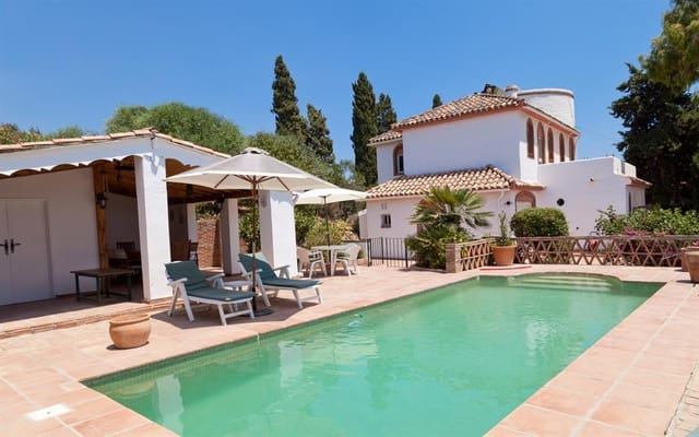 3 sypialnia Willa na sprzedaż w Estepona z basenem - 424 900 € (Ref: 3304990)