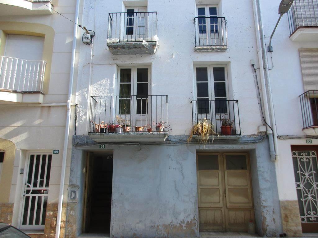 5 sypialnia Dom na sprzedaż w Riba-roja d'Ebre z garażem - 65 000 € (Ref: 3815819)