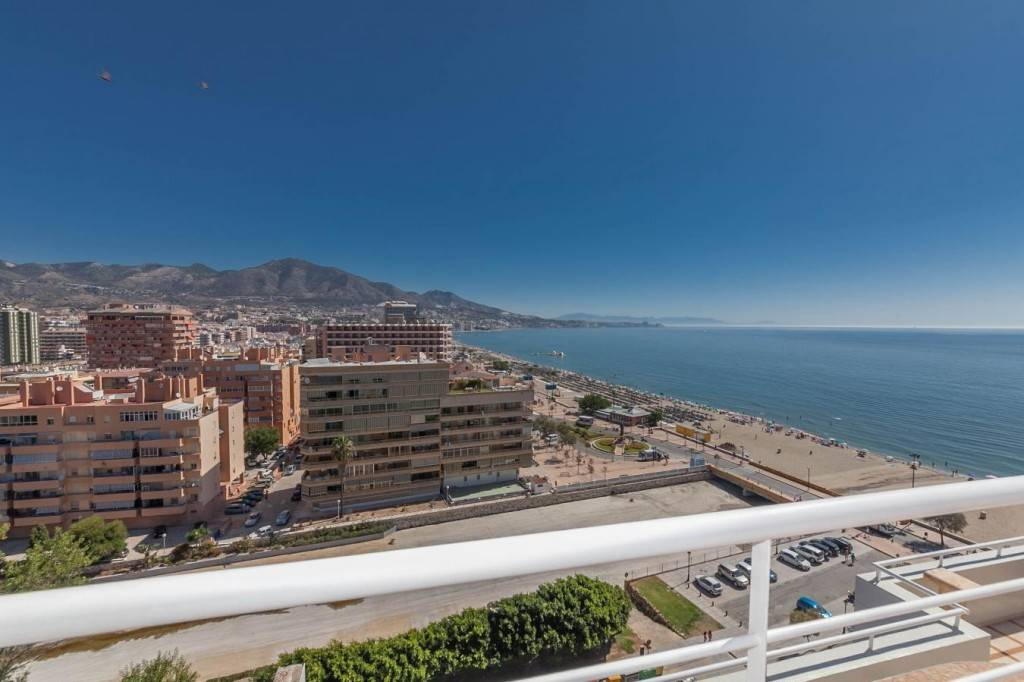 4 bedroom Apartment for sale in Fuengirola with pool - € 1,200,000 (Ref: 2341567)