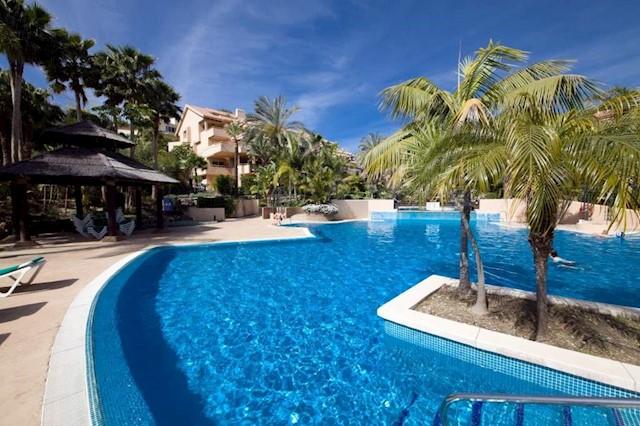 2 sovrum Lägenhet till salu i Rio Real med pool - 419 950 € (Ref: 2661747)