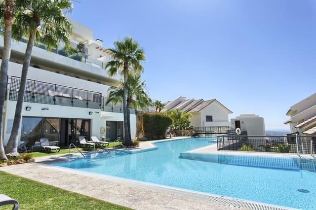 3 sovrum Takvåning till salu i Los Monteros med pool - 975 000 € (Ref: 4170593)