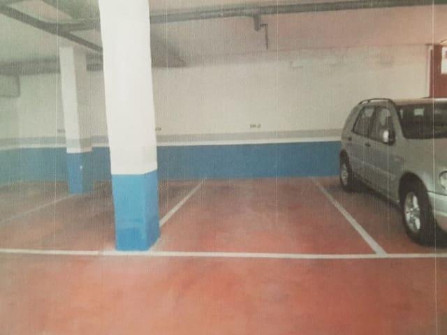 Garaż na sprzedaż w Elviria - 22 000 € (Ref: 5583993)